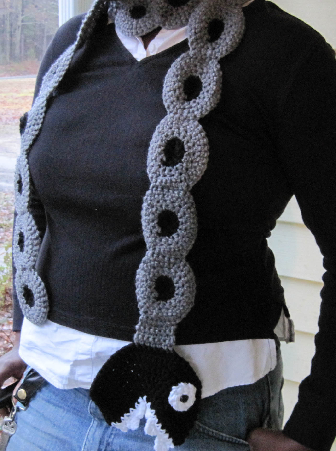Chain Chomp Scarf